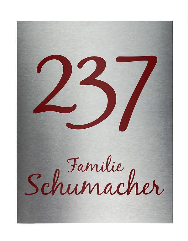 Hausnummer mit Nummer und Straßenname aus Edelstahl