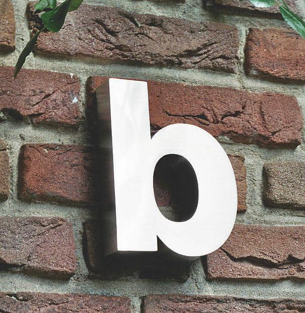 3D Kleinbuchstabe b aus Edelstahl - Höhe 160 mm und Tiefe 30 mm