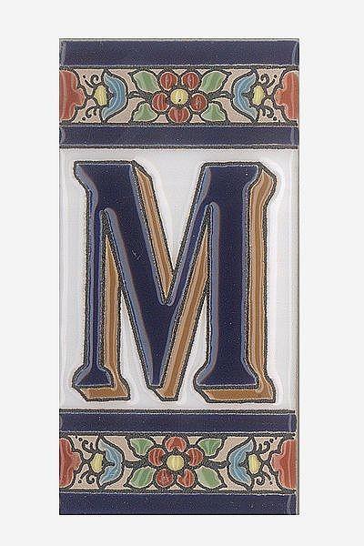 Spanische Fliesen aus Keramik - Buchstabe M