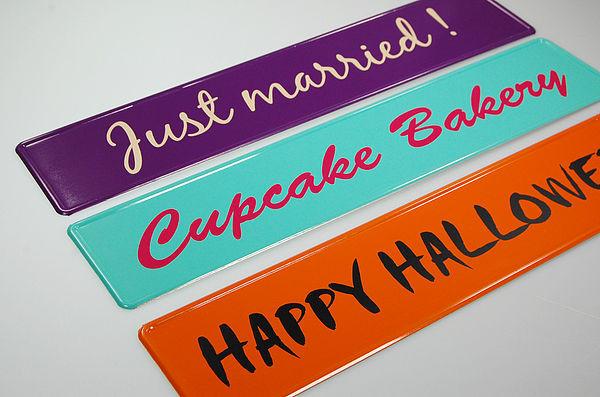 LKW Namensschilder in vielen Farben mit Folienschrift
