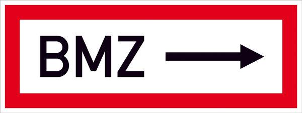 Hinweisschild für die Feuerwehr »BMZ ---->«