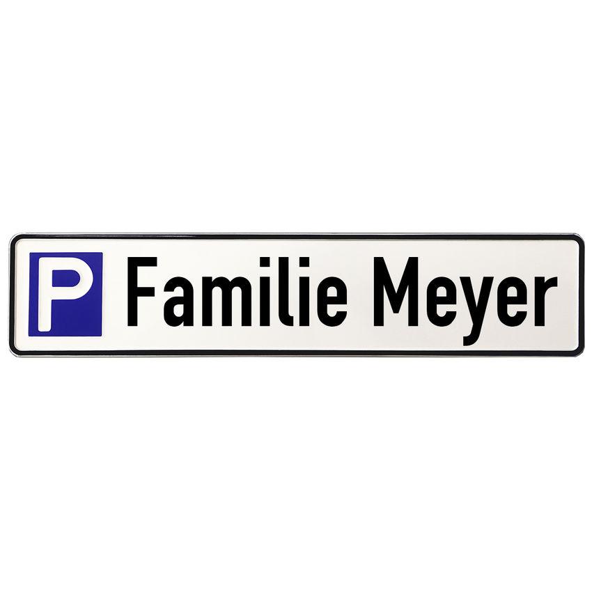 aluminium schild parkplatz f r angeh rige einer familie. Black Bedroom Furniture Sets. Home Design Ideas