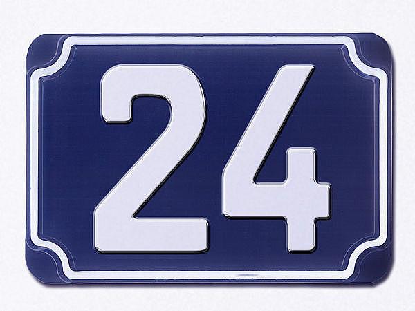 blaue gepr gte hausnummer 24 hausnummern und schilder. Black Bedroom Furniture Sets. Home Design Ideas