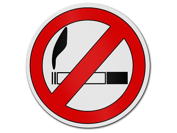 Verbotszeichen rauchverbot hausnummern und schilder for Gartendeko schilder